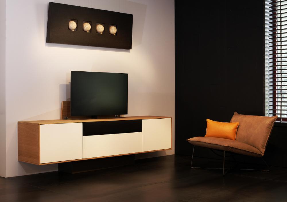 Tv Lift Meubel Prijs.Kees Verhouden Meubelen Tv Dressoir Connect Met Lift