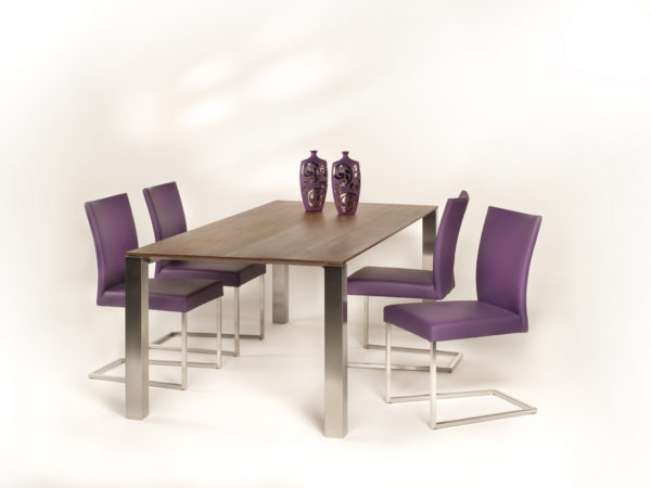 Tafel Float uit de CASE collectie