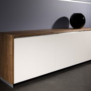 custom dressoir