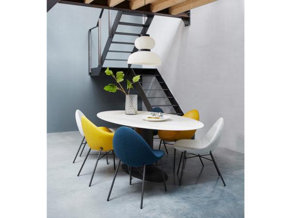 Oval tafel